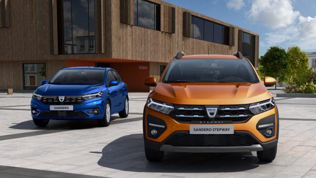 Dacia Sandero en Dacia Sander Stepway vooraanzicht
